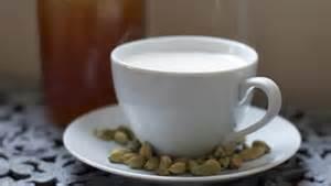 Warm Cardamom, Vanilla & Honey Milk
